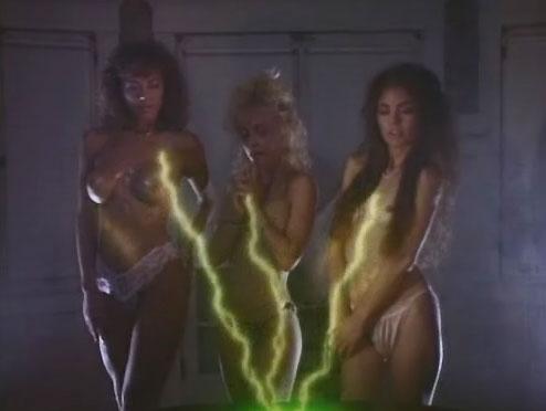 nightmare-sisters-2